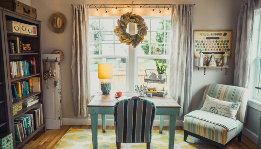 How to Relieve Work Stress by Creating An Eco-Friendly Home Office